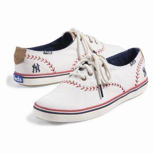 Keds Champion Pennant Baseball NY Yankees Sneakers